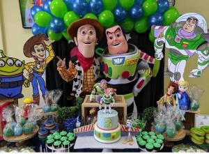 Woody & Buzz Toy Story